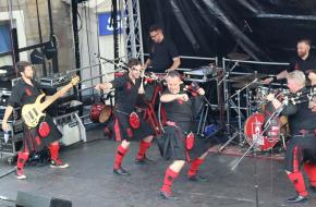 Red Hot Chilli Pipers (photo Eileen Thomas)
